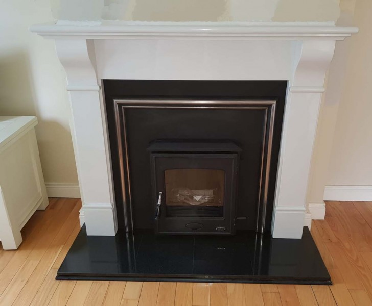 Henley Arklow with Aspen plate and Tara surround