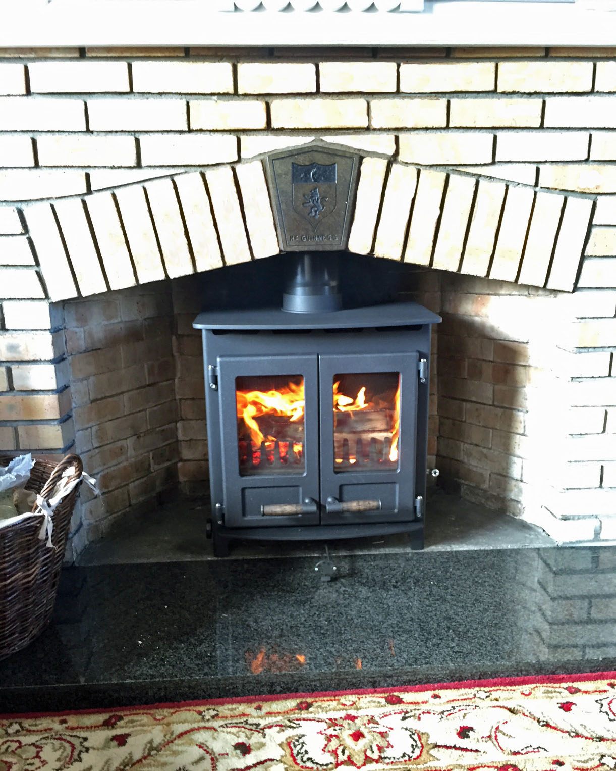 Inis Oirr 9kw stove with double doors