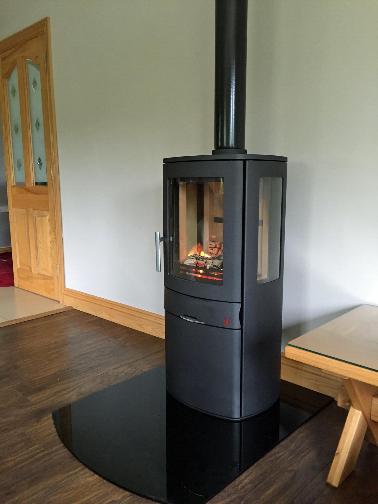 ACR Neo3C contemporary stove