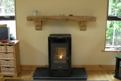 Lincar pellet Milly 9kw with black tiles